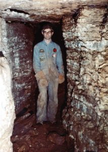 7-gary-k-soule-in-pennings-hall-in-the-south-dorchester-cave